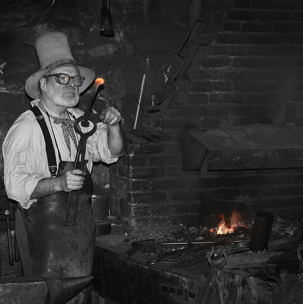 BLACKSMITH SMALL