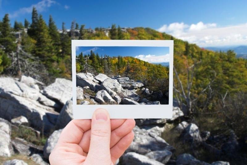 Capuring a Polaroid Moment